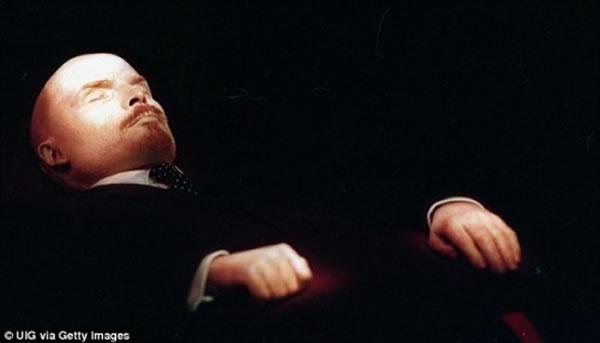 列宁遗体比刚去世的时候还好 主要归功于尸体防腐师