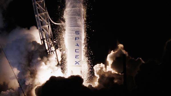 伊隆·马斯克:火星航线开通时美国太空运输公司SpaceX才会上市