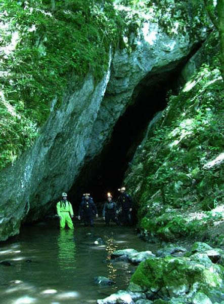 罗马尼亚Peştera cu Oase 洞穴(付巧妹供图)