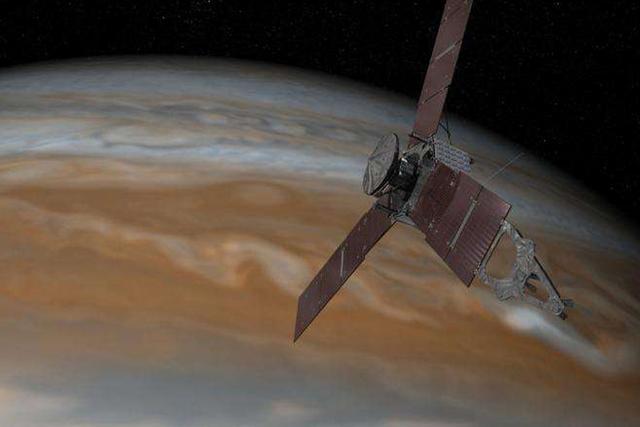 """修订后的""""朱诺""""号任务将延长到20个月左右,完成对木星的32次轨道绕行"""