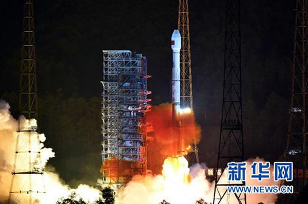 """中国用""""长征三号乙/远征一号""""运载火箭成功将2颗新一代北斗导航卫星发射升空"""
