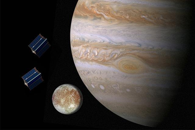 去年10月,NASA邀请了全美10所高校参与木星微型机器人舰队的研发,目标是木卫二