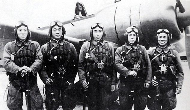 不少日本人视神风特攻队为英雄