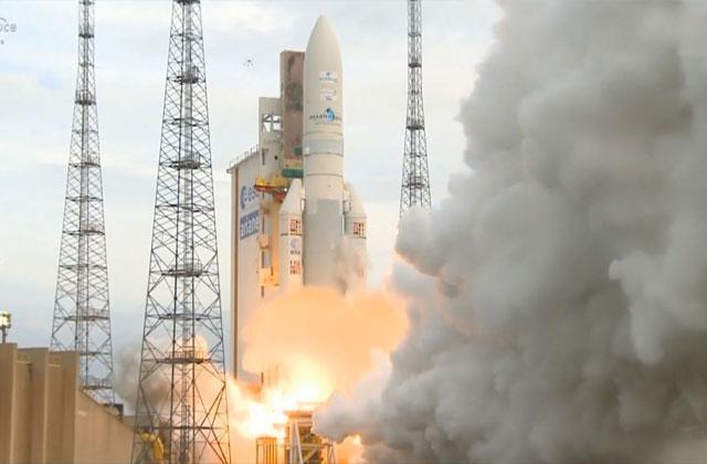 欧空局阿丽亚娜五号火箭成功以一箭双星的