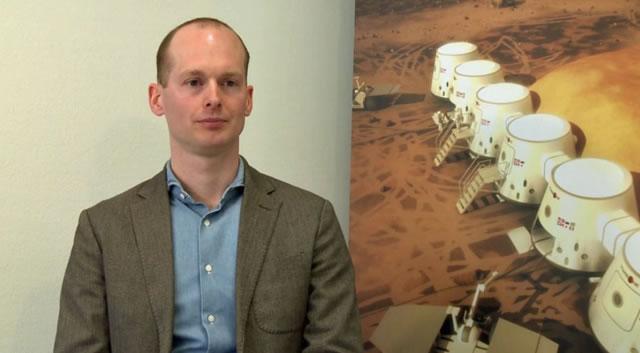 火星一号公司CEOBas Lansdorp认为火星殖民地项目目前最大的困境在于资金不足