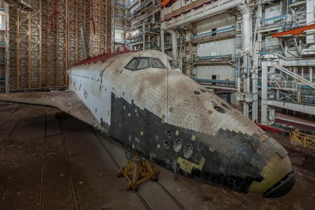 苏联时代的暴风雪号目前已经成为废铁