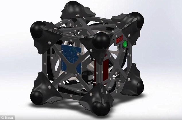 """""""刺猬""""漫游者的外形是一个立方体,无论是以哪个面着陆,它都可以马上进行下一步操作。"""