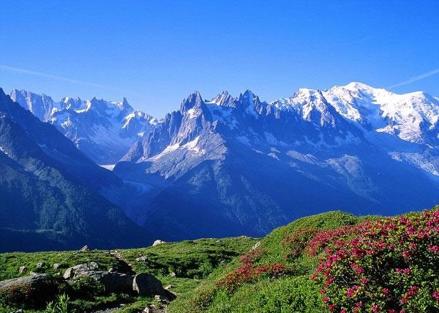 专家指,相信勃朗峰矮了与天气转变有关。