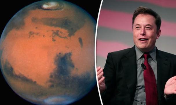 马斯克(右)提出用核弹炸火星的概念,未获得支持。