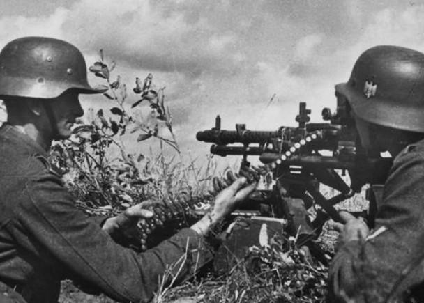《全面涌动:第三帝国毒品》:纳粹德国在二战时期利用冰毒让军队保持战斗力