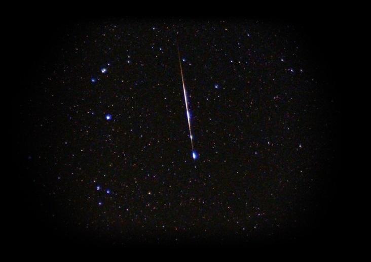 国际空间站宇航员的便便在大气中燃烧看起来像流星