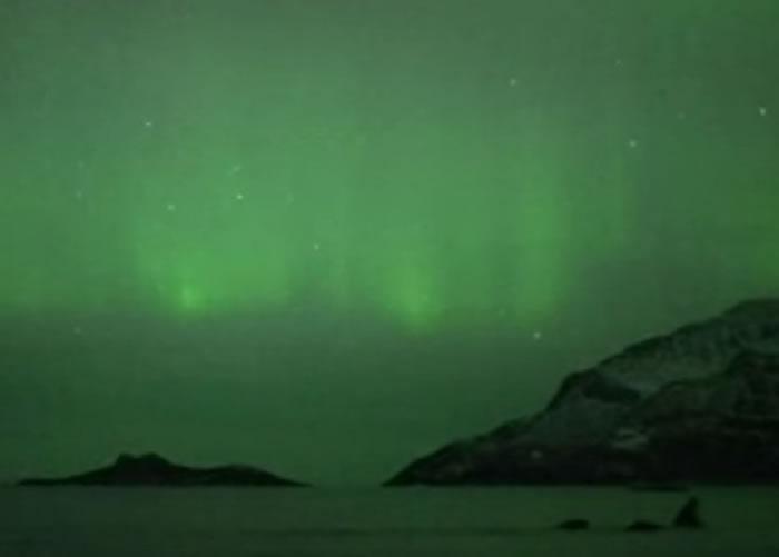 神秘的北极光令不少人着迷