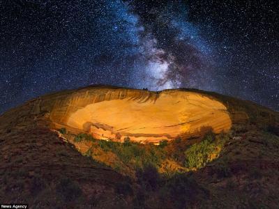 美国业余摄影师Wayne Pinkston在犹他州洞穴千年遗迹中拍摄的绝美照片