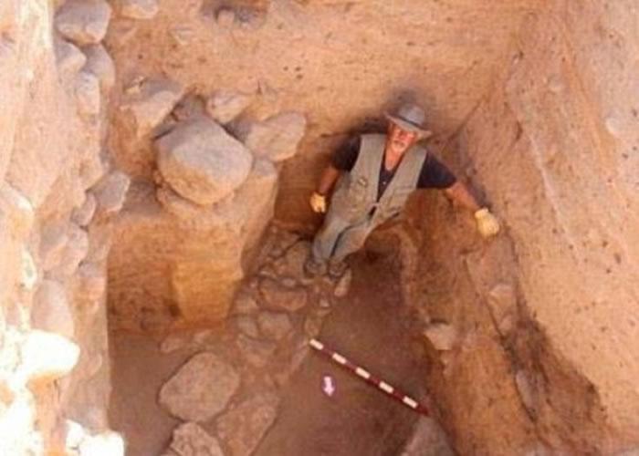学者柯林斯相信这古城就是万恶之城索多玛