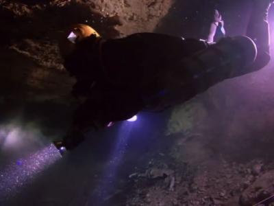 美国研究团队在巴哈马群岛水下洞穴探索时遇上水底山崩
