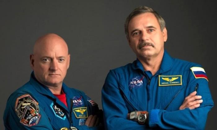 ISS现时有2名太空人正在站内工作,一位是来自美国的凯利(左),另一位是来自俄罗斯的柯宁科(右)。