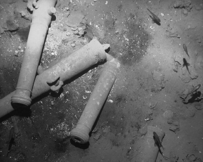 哥伦比亚外海发现三百年前西班牙圣荷西号大帆船残骸,藏有大批金银珠宝