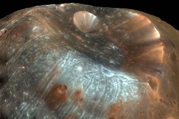 火星若失去最大的卫星,将加入有环行星俱乐部。