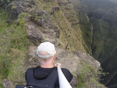 Scott Sharick穿越美国夏威夷岛著名徒步旅行线路Awaawapuhi Trail