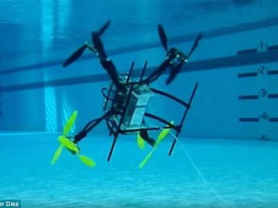 美国海军研制既能上天、又能下水的无人机Naviator