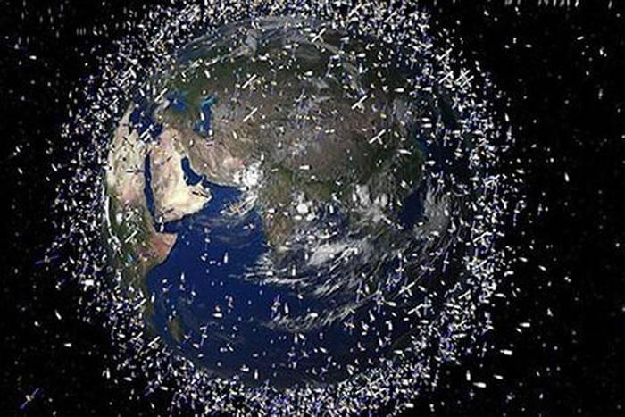 截止2013年底,超过50万件太空垃圾的直径超过一颗弹珠大小,2万件大于垒球大小