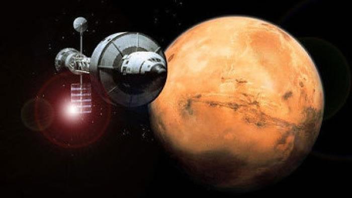 核动力太空船将成为远征火星的好帮手。图为构思图。