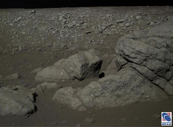 中国发布迄今为止最清晰的月球表面照片