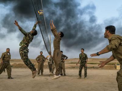 伊斯兰国阴影下的伊拉克库尔德人