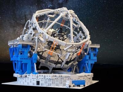 荷兰天文学家用乐高玩具设计并组装以欧洲南方天文台为样本的迷你天文台