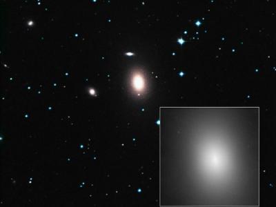 天文学家马中佩在NGC 1600星系中心发现几乎破纪录的超大质量黑洞
