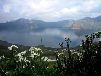 种种迹象显示长白山可能会有火山爆发危机