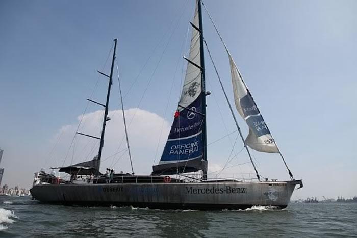 霍恩驾驶的帆船Pangaea。