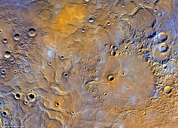 水星是最接近太阳的行星,地貌奇特。
