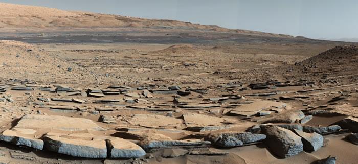好奇号探测车所拍摄到的盖尔陨坑影像,地层证据显示这里过去曾有流动的水。