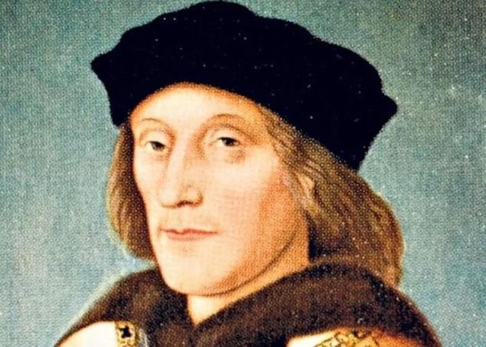 新书指英国已故前国王亨利七世并非守财奴,曾在买衣服上大洒金钱