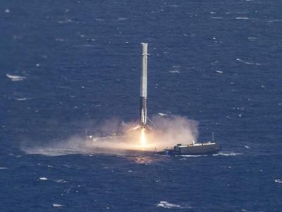 SpaceX拟今年9月发射首枚已回收的猎鹰9号火箭