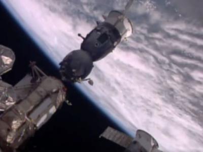英国首名登上国际太空站的太空人Tim Peake返航成功着陆哈萨克