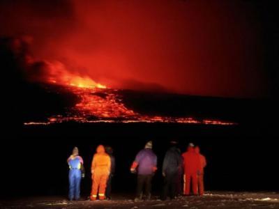 冰岛南部海克拉火山一触即发