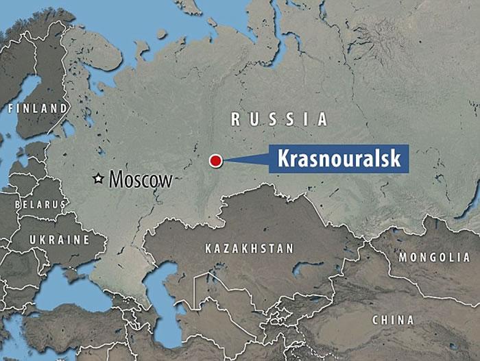 俄罗斯发现全身透明的变种青蛙