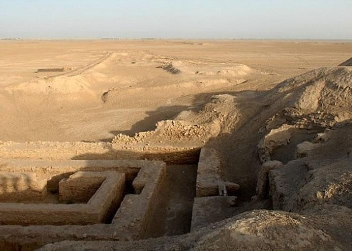 泥匾于伊拉克东南部古城乌鲁克被发现。