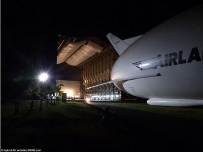 飞天屁股:英国HAV制造的世界最大飞行器Airlander 10全身亮相