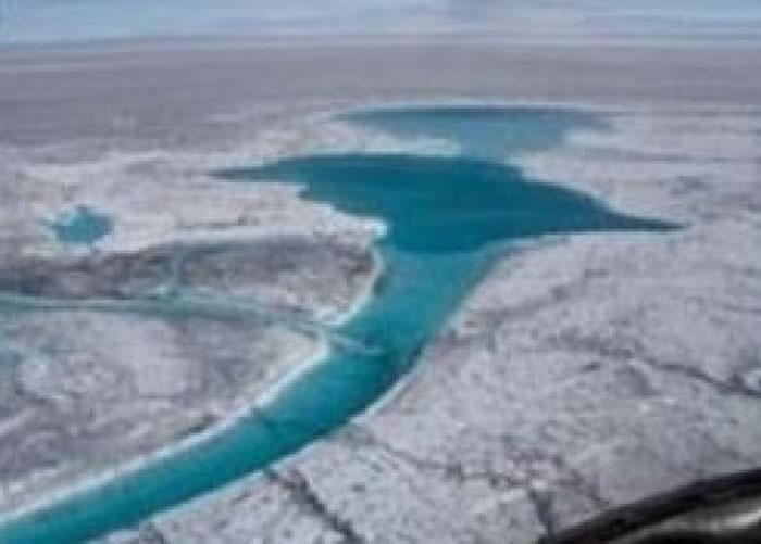 专家指冰上湖泊的数目和面积将不断上升。