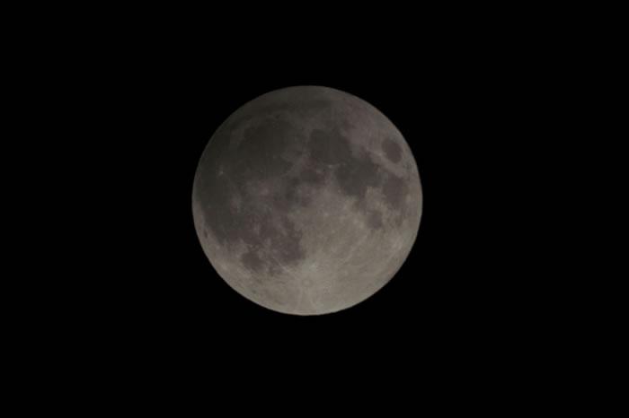 2016年9月17日半影月食