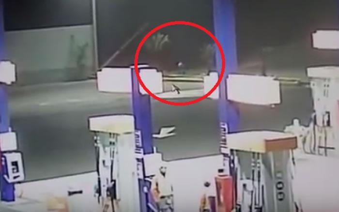南美洲国家秘鲁一个加油站监控拍摄到外星人踪影