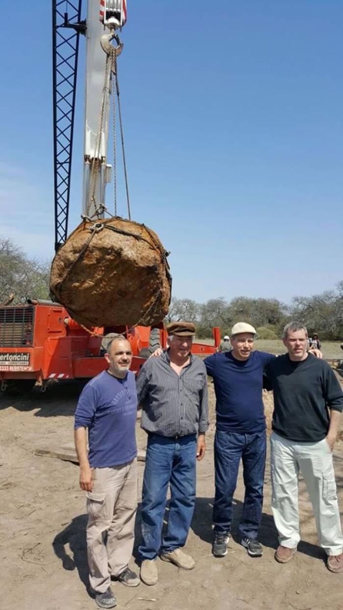 团队会继续研究当地的陨石