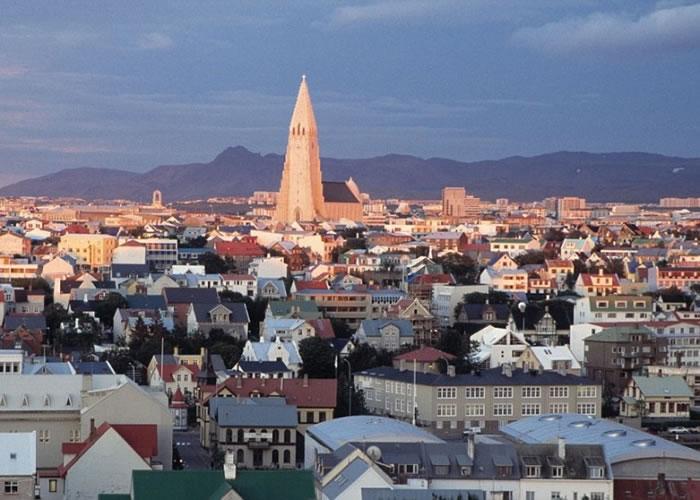 冰岛(图)在全球健康排名中居首