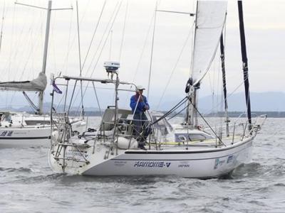 日本66岁老人庄司信吉独自驾驶帆船145天往返太平洋创下壮举