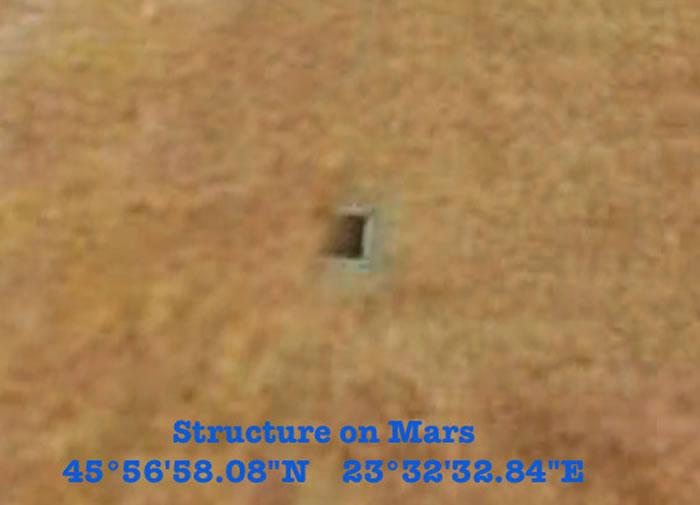 美国太空地质学家格伦.库欣也发现火星表面有些洞穴(垂直熔岩管)