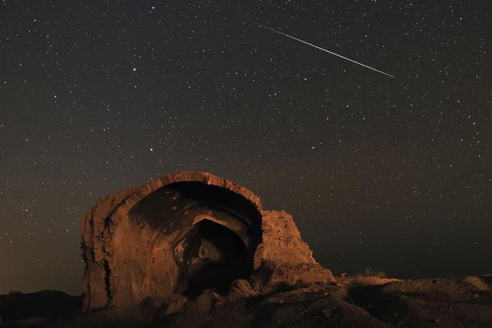11月天象预报:超级月亮、北金牛座流星雨、狮子座流星雨和猎户座流星雨