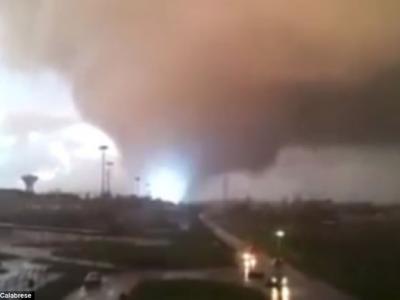 龙卷风肆虐意大利首都罗马西部小镇 屋塌树倒至少2死